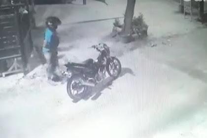 Pria Ini Curi Celana Dalam Dijemuran Terekam CCTV