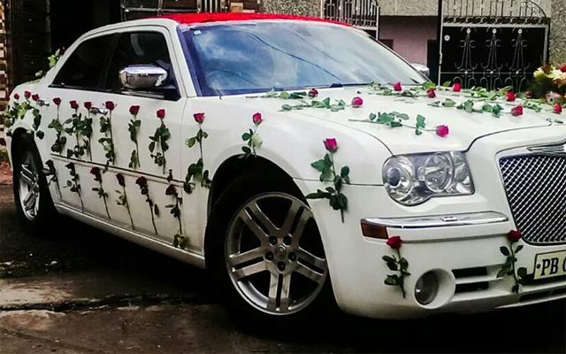 Luxury Wedding Cars Hire Punjab Chandigarh India Chrysler 300 C For