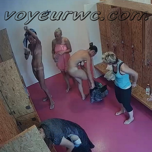 Hidden Camera in the Women's Locker Room Sports Club (Lockerroom 2051-2056)