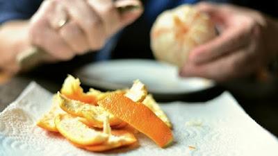 Jangan langsung dibuang, karena kulit jeruk banyak manfaatnya loh