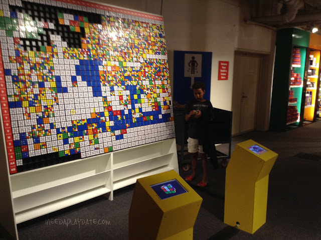 Rubik Cube collage at Great Lakes Science Center this Summer #thisiscle | @mryjhnsn