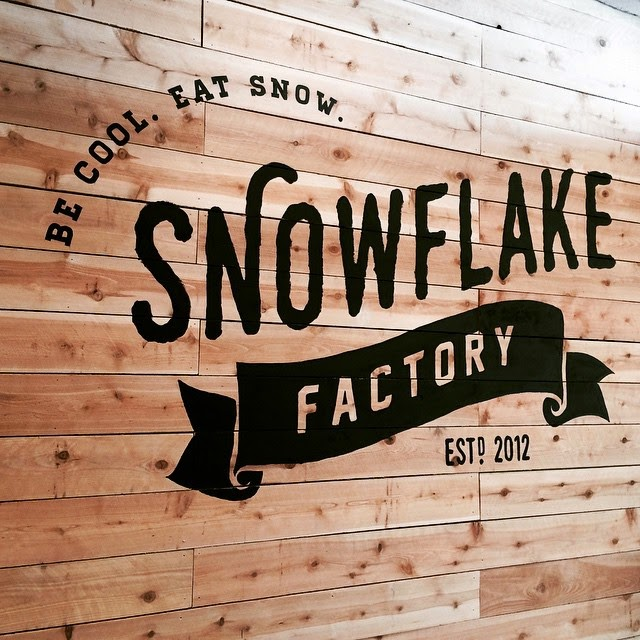 THE SNOWFLAKE FACTORY IS BACK IN BUSINESS - GARDEN GROVE (CLOSED)