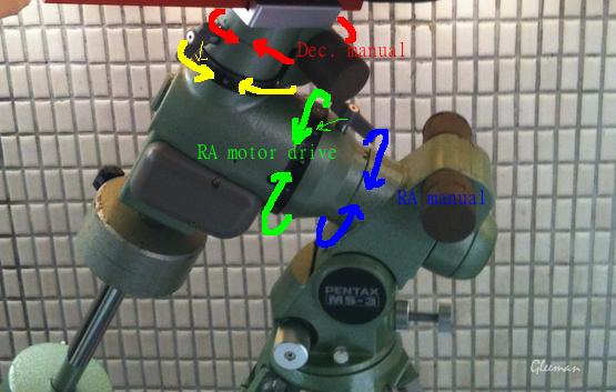 Pentax Ms-3 赤經赤緯都各有一個手動微調裝置,可調整範圍為正負十度(受限於螺桿行程)