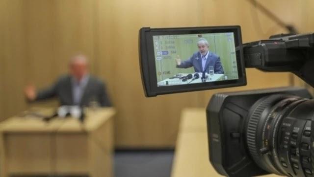 """""""No parecer pedimos a declaração da nulidade total do processo relativo ao """"Sítio de Atibaia"""", assim como os demais processos que foram conduzidos pelo ex-juiz Sergio Moro – diante da sua clara parcialidade, além de outros graves vícios devidamente comprovados"""", alega o advogado"""
