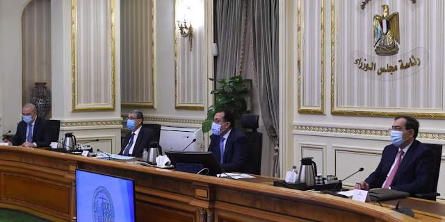 رئيس الوزراء يتابع أعمال تطوير محور المحمودية بمحافظة البحيرة