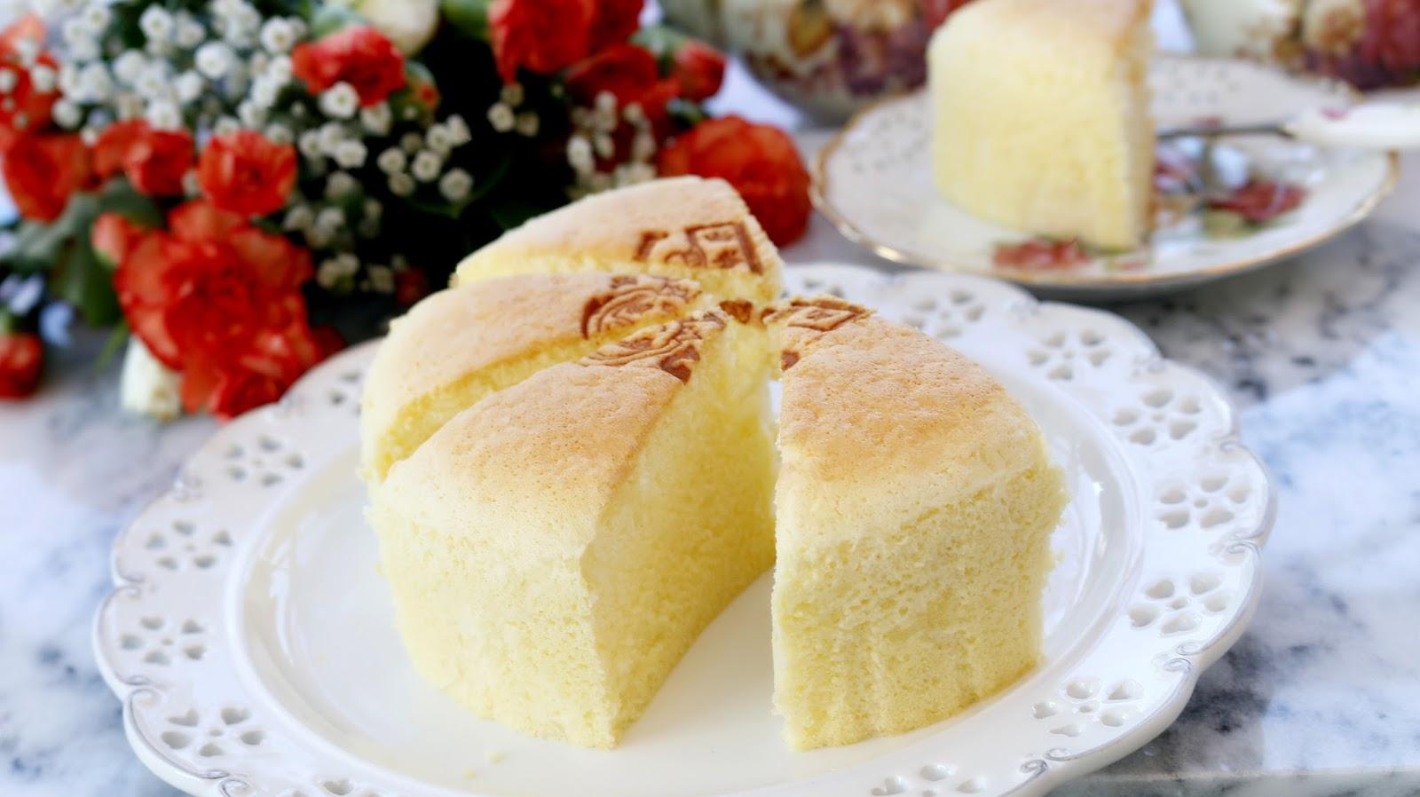 Josephine 39 s recipes vanilla sponge cake recipe step by for Easy and quick vanilla cake recipe