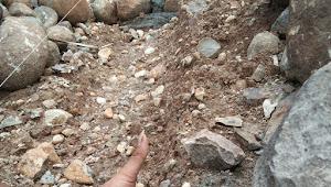 BPD Mandala Akui,  Ambruk Tanggul Penahan Jalan Tani  di Dusun Saniu  Akibat Tak Memiliki Pondasi