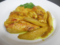 Tiras de pollo con mango asado untado de miel y curry