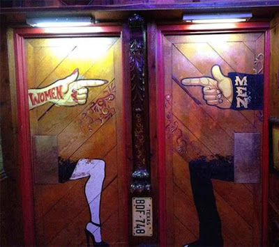 9 Penanda Toilet Ini Bikin Ketawa Ngakak, Unik dan Kreatif Abis!