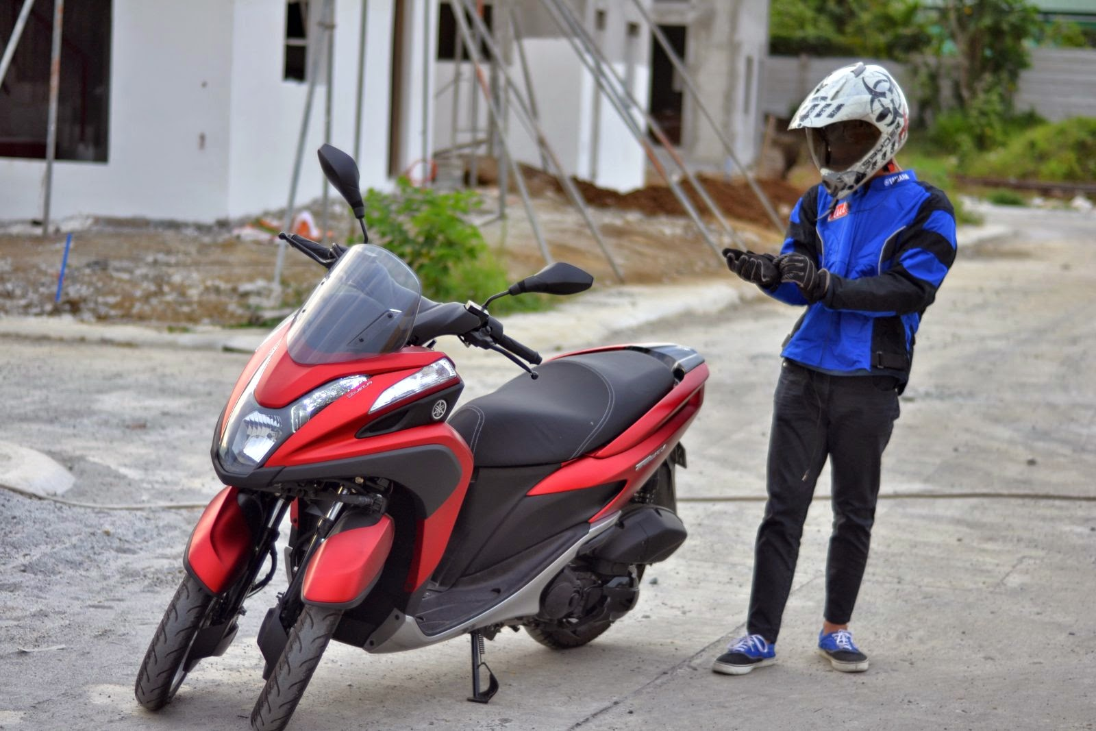 Three Wheeled Wonder Yamaha Tricity Motorcycle Philippines
