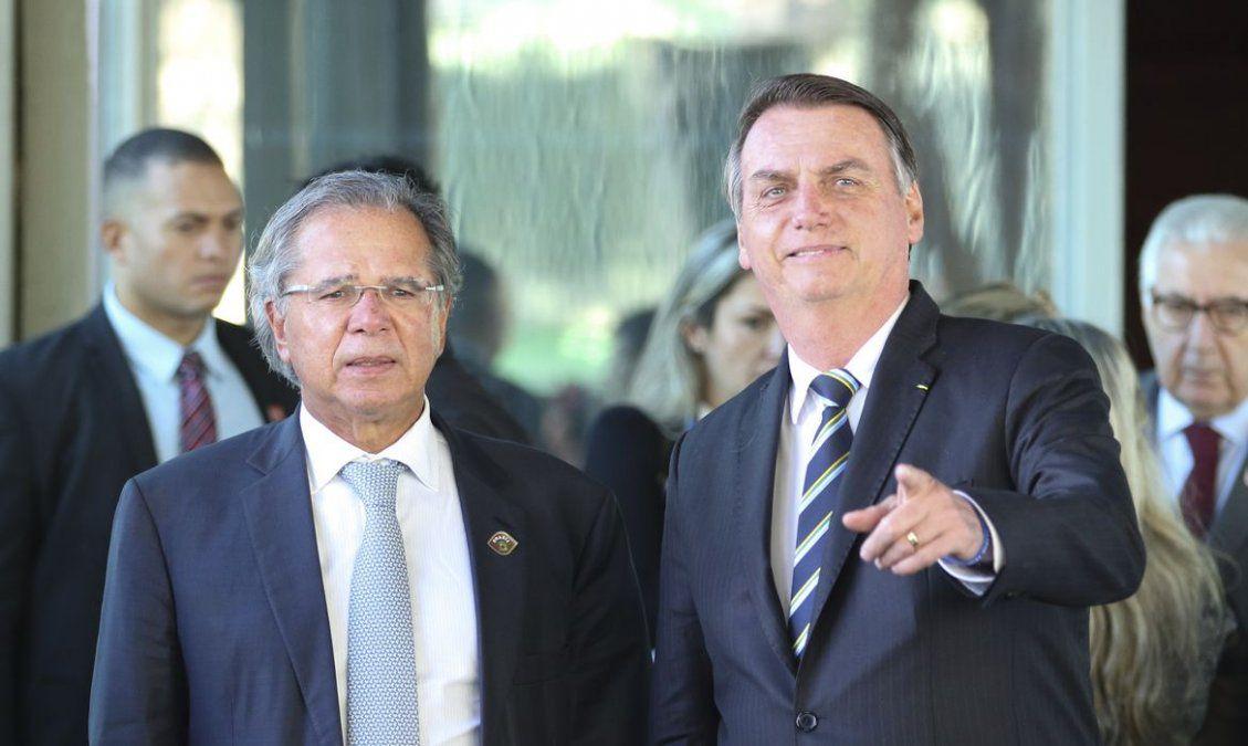 Un ministro de Brasil acusó a China de inventar el coronavirus y fabricar una vacuna poco efectiva