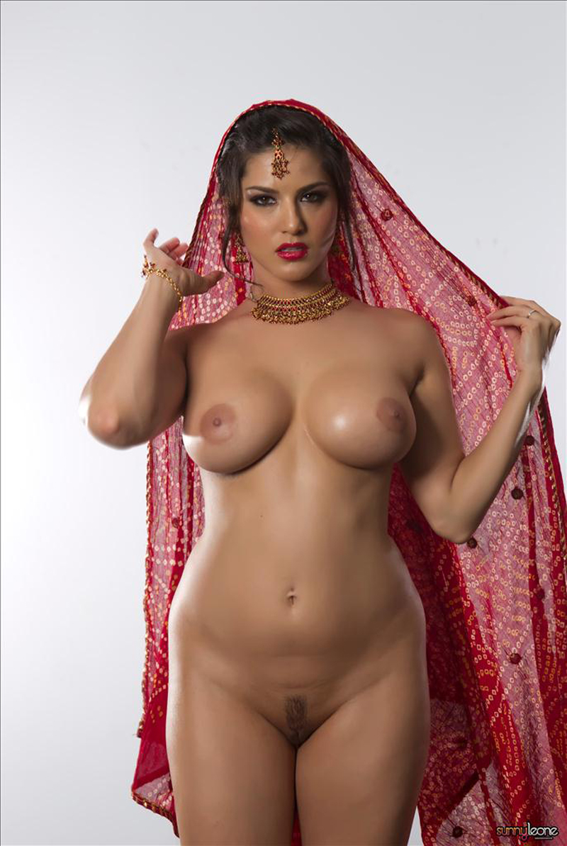Sunny Leone Nude Photo Shoot