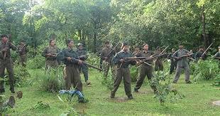 AK-47 और 130 गोलियों के साथ नक्सली कमांडर गिरफ्तार