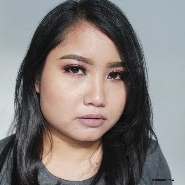 FOTD Greyish Lips