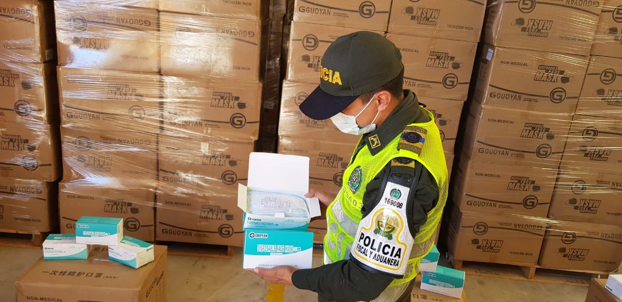 https://www.notasrosas.com/ Polfa Cesar decomisó 626.000 tapabocas de contrabando