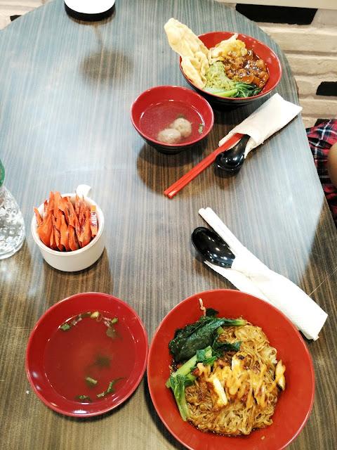 HD Resto dan Dessert Padang
