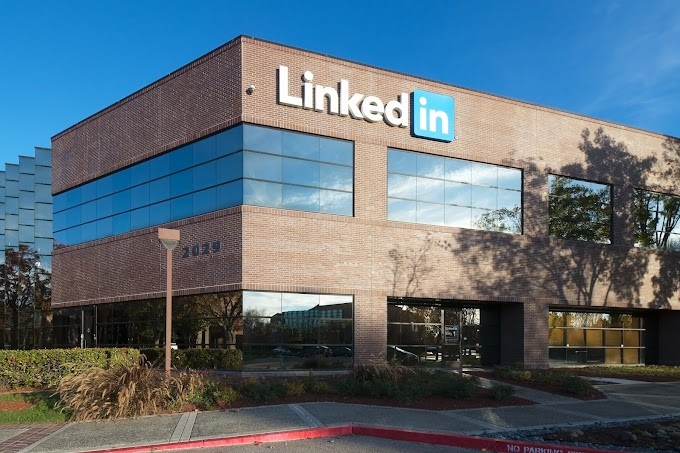 How Linkedin becomes so successful