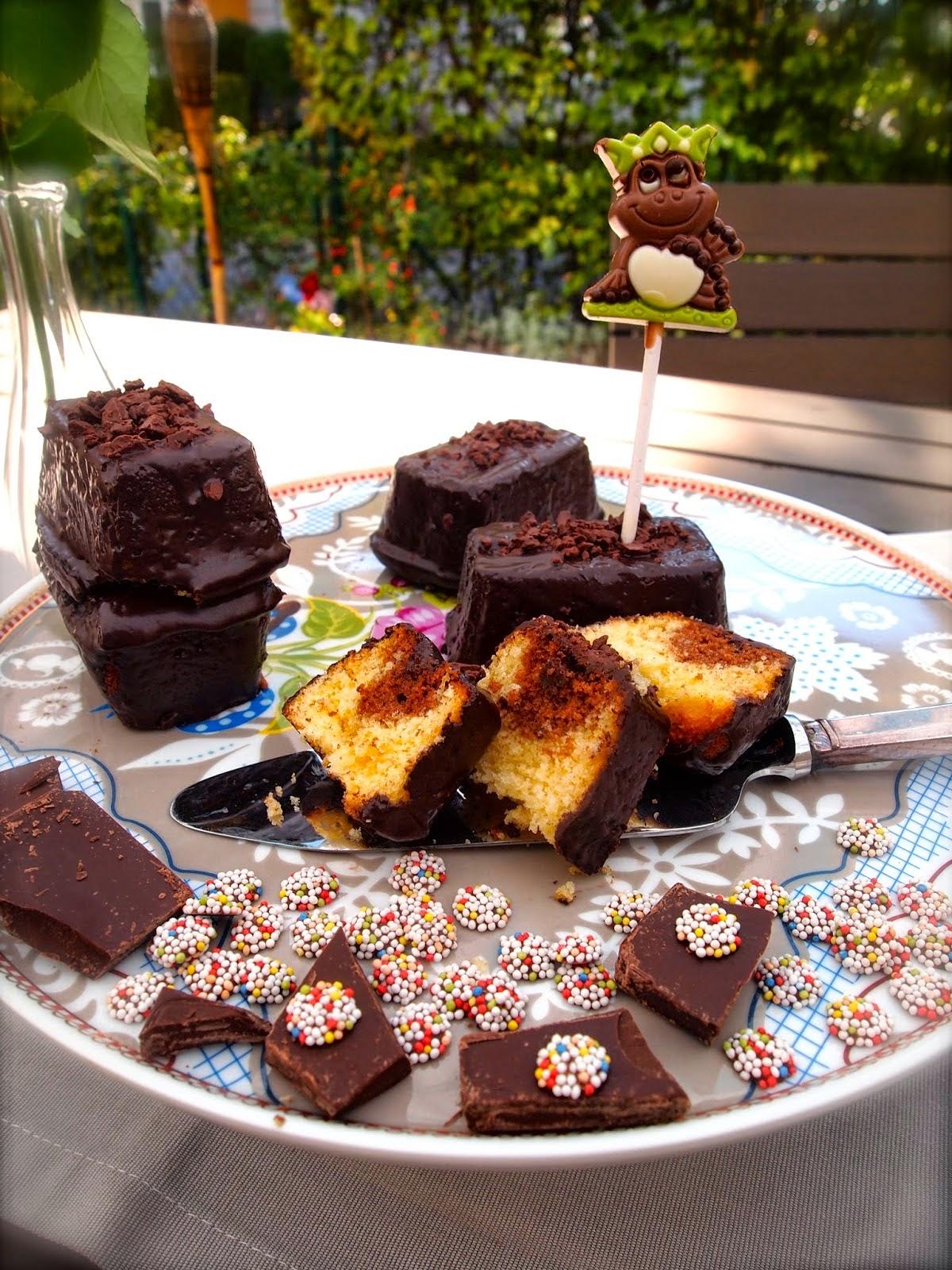http://daskocherl.blogspot.de/2014/10/double-chocolate-mini-kuchen.html