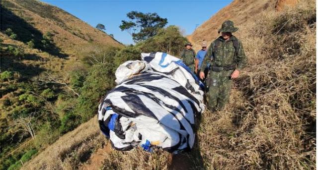 Polícia Ambiental apreende balão de mais de 80 metros em Guaratinguetá