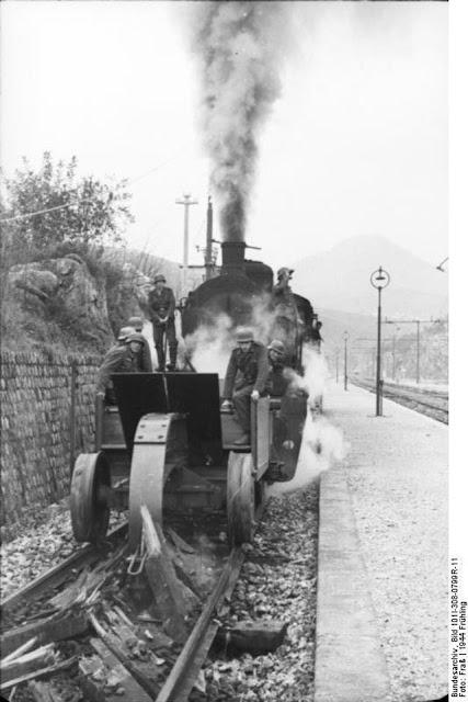 German railroad track destroyer Schienenwolf worldwartwo.filminspector.com