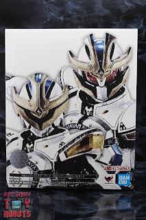 S.H. Figuarts Shinkocchou Seihou Kamen Rider Ixa Box 01