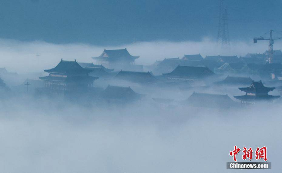 Foggy ancient buildings in Guiyang