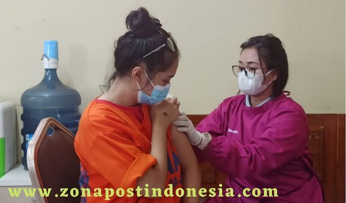 Putus Sebaran Covid-19 Dalam Tahanan, Dittahti Polda Jatim Gelar Vaksinasi