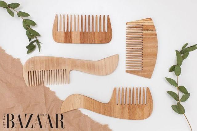 Lược nhựa: Nguồn căn của nhiều vấn đề về tóc