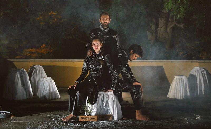 Η θεατρική παράσταση «Φιλική Εταιρεία. Η Αδελφότητα πίσω από την Επανάσταση» στο Μουσείο Μετάξης Σουφλίου