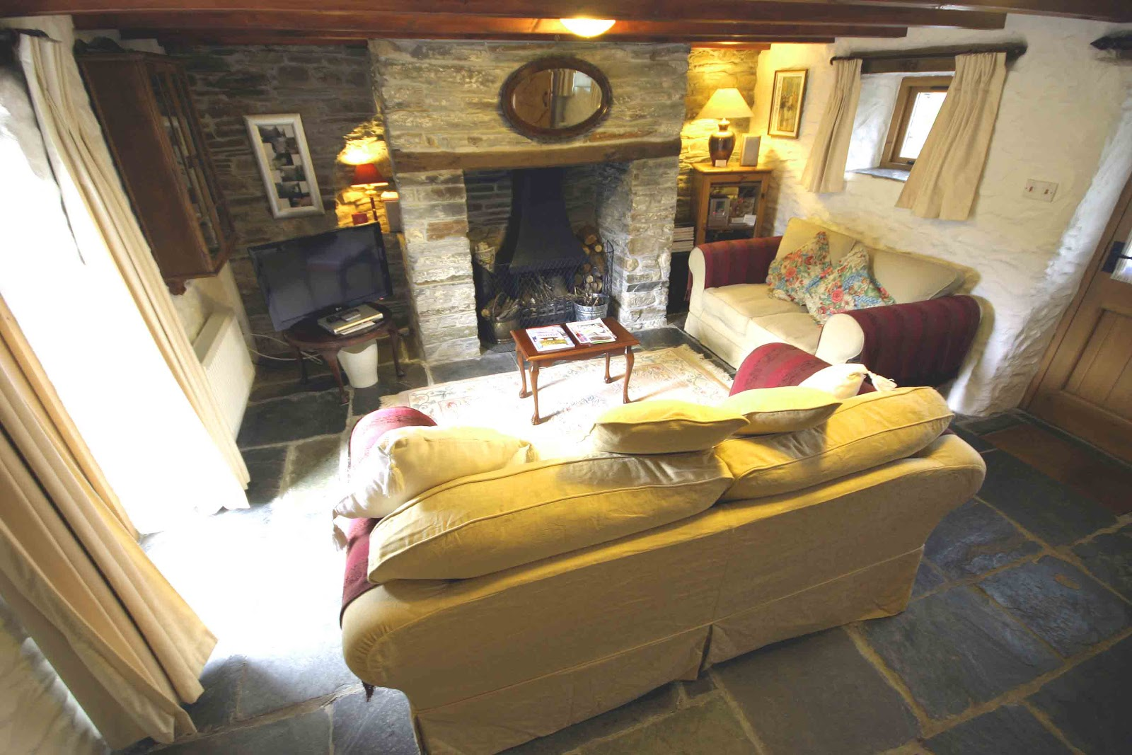 Places To Buy Sofas In Cornwall Reclining Sectional For Sale Rooky 39s Nook Luxury Self Catering Holiday Cottage