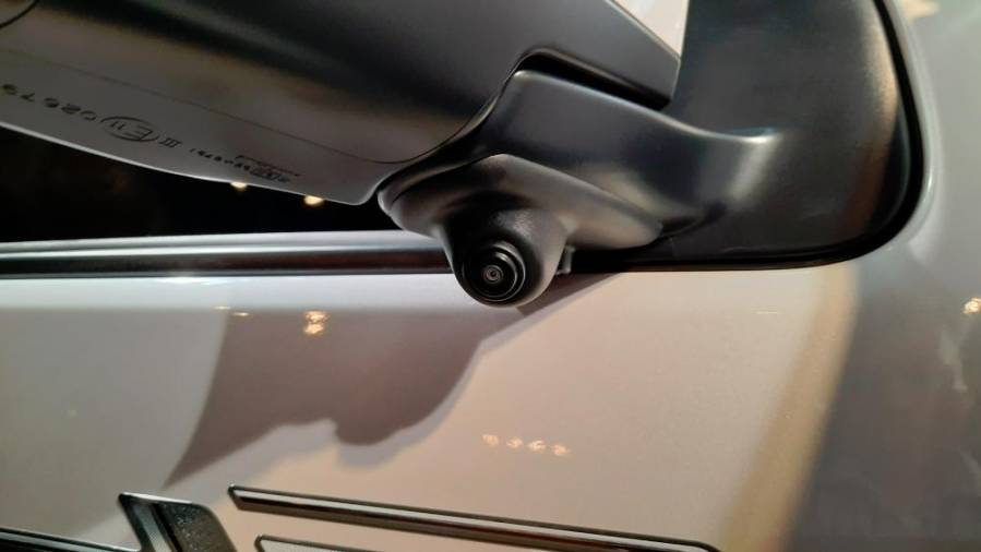New Isuzu D-MAX Stealth Edition dash cam