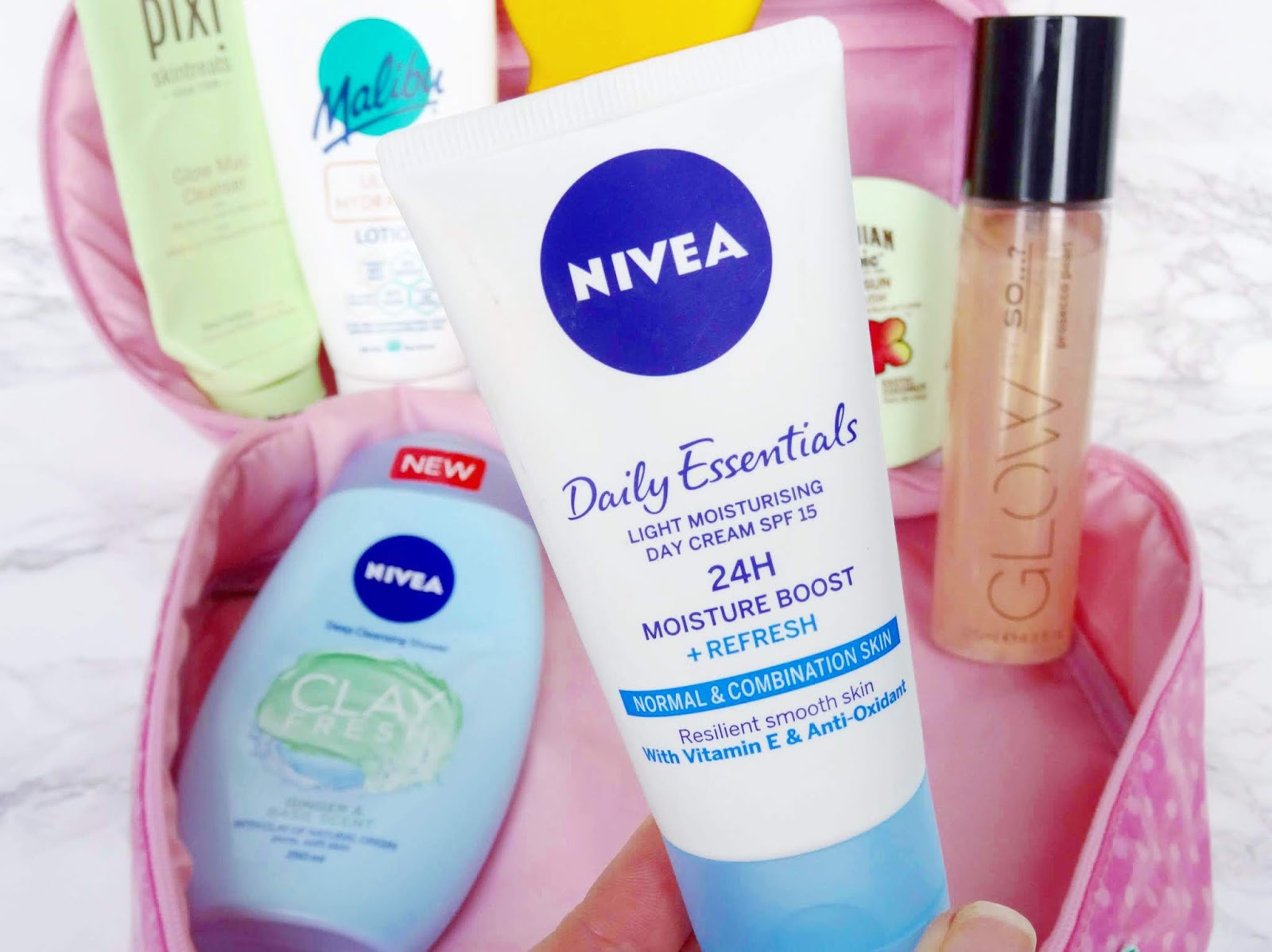 Nivea Daily Essentials Light Moisturising Day Cream