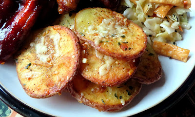 Garlic & Parmesan Crispy Potatoes