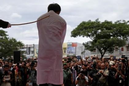 Hukuman Di Aceh, 17 Cambukan Minum Alkohol, 77 Cambukan Bagi Pezina Sesama Jenis