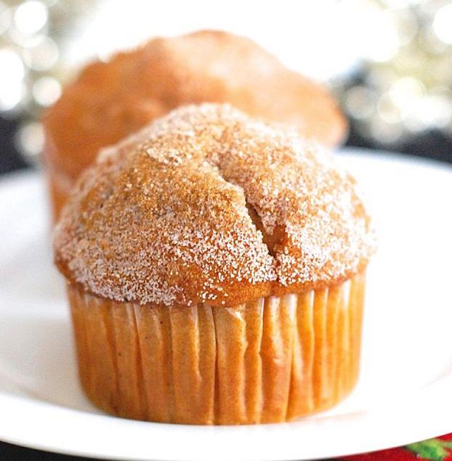 Eggnog Doughnut Muffins