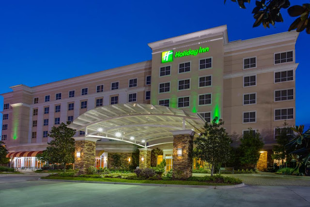 Stay at One of the Newest Baton Rouge Hotels. Welcome to the new Holiday Inn® Baton Rouge hotel! It's premier location at College Drive and Constitution Avenue offers direct access to I-10, making this hotel an ideal choice for both business.