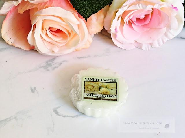 Woski zapachowe Yankee Candle. Moja kolekcja wosków zapachowych Yankee Candle. Yankee Candle Collection, Yankee Candle Blush Bouquet, Yankee Candle Cherry Blossom, Fresh Cut Roses, Sun Drenched Apricot Rose, Wedding Day, zapachy kwiatowe, woski zapachowe na wiosnę, kwadrans dla ciebie,