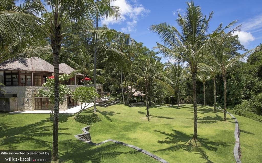 Luxury Bali Villa Gardens