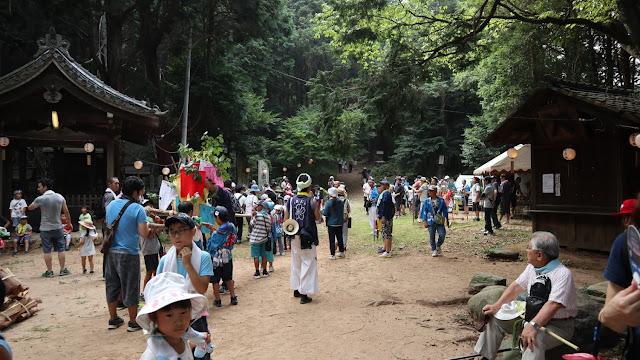 石上げ祭り11