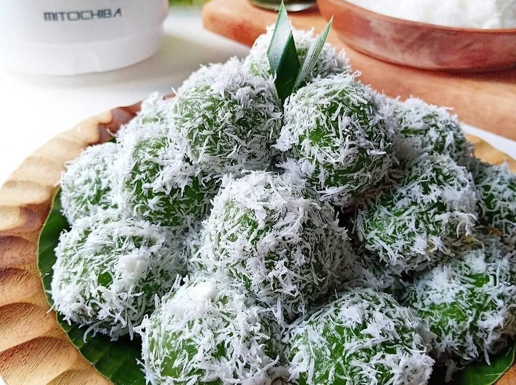 Resep Kue Klepon Yang Kenyal dan Gurih