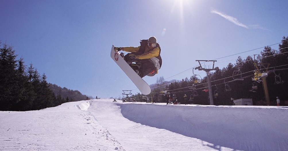 5 places must go for ski and winter sports in south korea. Black Bedroom Furniture Sets. Home Design Ideas