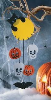 Manualidades móvil para halloween
