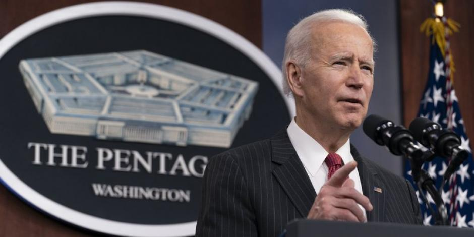 Biden pide reforma en legislación de venta de armas para limitar su venta