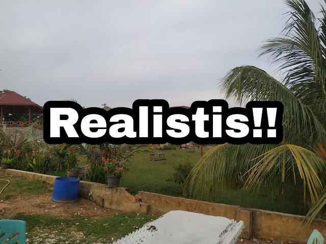 Realistis