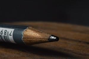 Potlood (Pensil) : Piranti Gambar Sederhana Namun Beragam Jenisnya