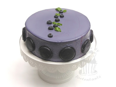 Mirror Glaze blueberry cake