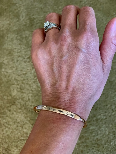 oNecklace inspirational bangle