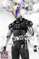 S.H. Figuarts Shinkocchou Seihou Kamen Rider Den-O Sword & Gun Form 45