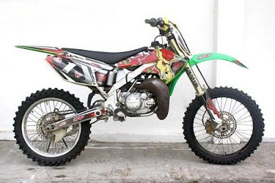 Modifikasi Kawasaki KTM Airbrush