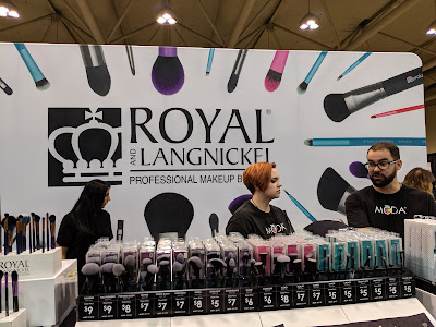 Royal And Langnickel display at IMATS Toronto 2019 - www.modenmakeup.com